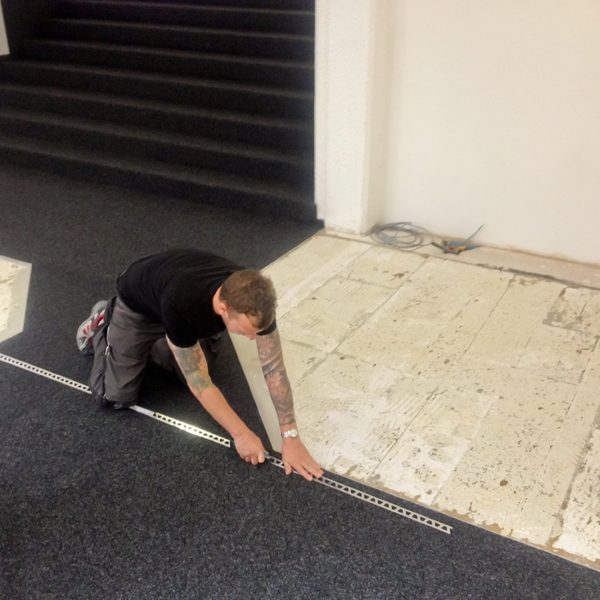 Verlegung Teppichboden Grosche Services