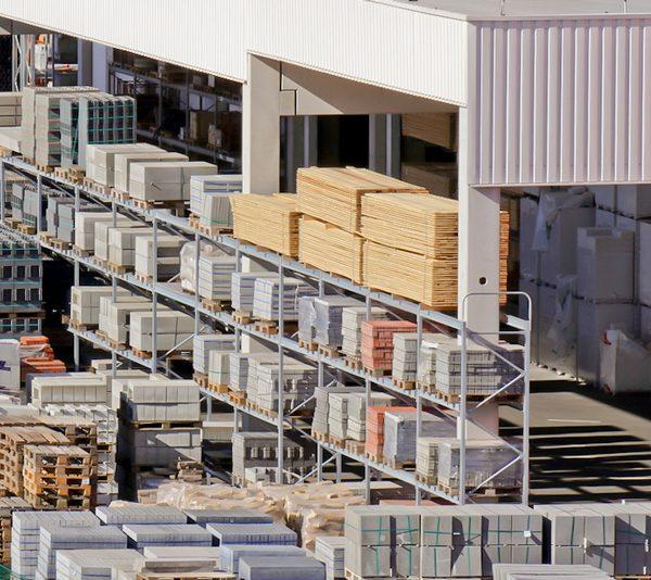 Aussenlager-mit-Baustoffen, Grosche Services